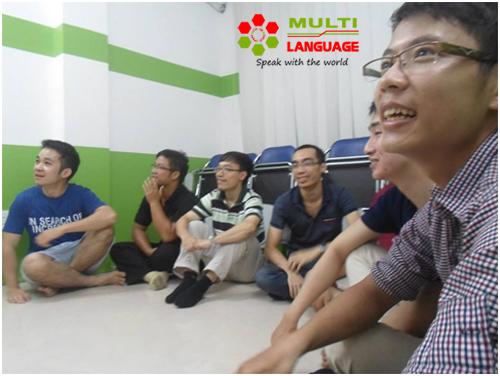 Buổi sinh hoạt CLB Tiếng Anh Galec tại Multi Language ngày 10/7/2014