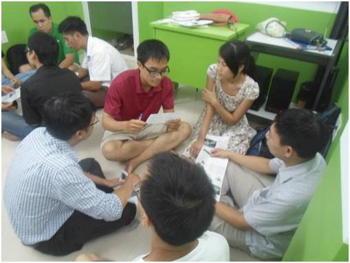 Mr. Toàn với những chia sẻ về nguyên nhân gây ra stress.
